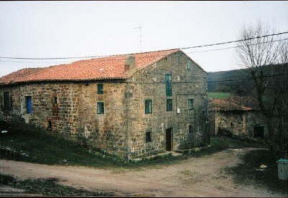 https://www.navamuel.com/images/CasasyCalles/Casa.jpg
