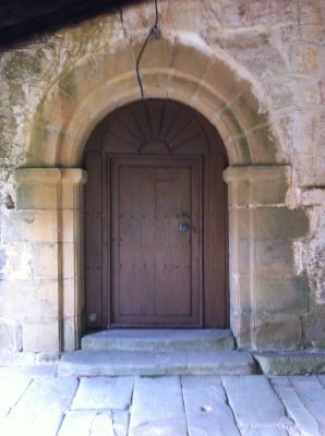 https://www.navamuel.com/images/IglesiaInterior/Puerta.jpg