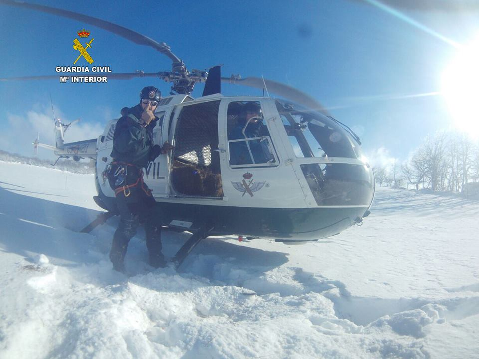 https://www.navamuel.com/images/Nevada2015v2/Helicoptero.jpg